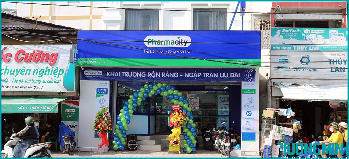 Pharmacity billboard